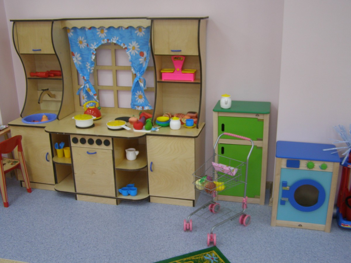 Детская мебель для детских игрушек своими руками.